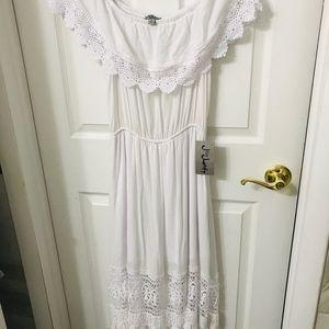 Ladies long white dress size m